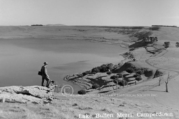 680a. Lake Bullen Merri, 1948